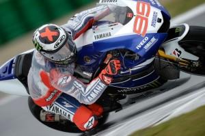 MotoGP Motegi, Qualifiche: Lorenzo in pole davanti a Marquez, Rossi è quinto