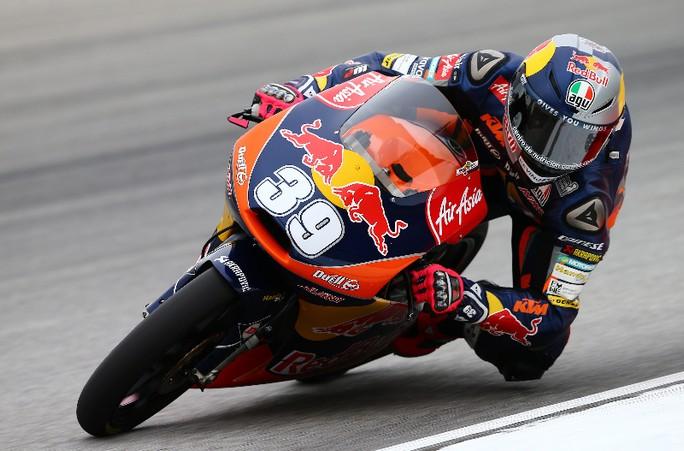 Moto3 Sepang: Grandissima bagarre in gara, la spunta Luis Salom su Rins e Oliveira