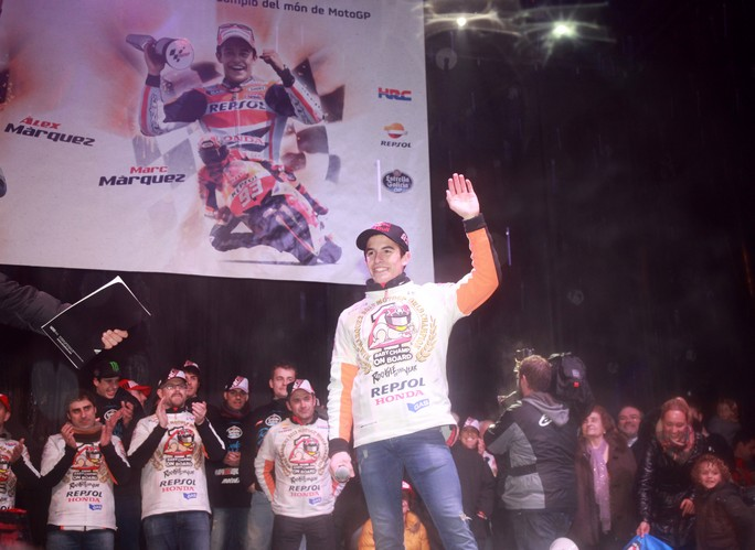 MotoGP: Cervera omaggia Marc e Alex Marquez