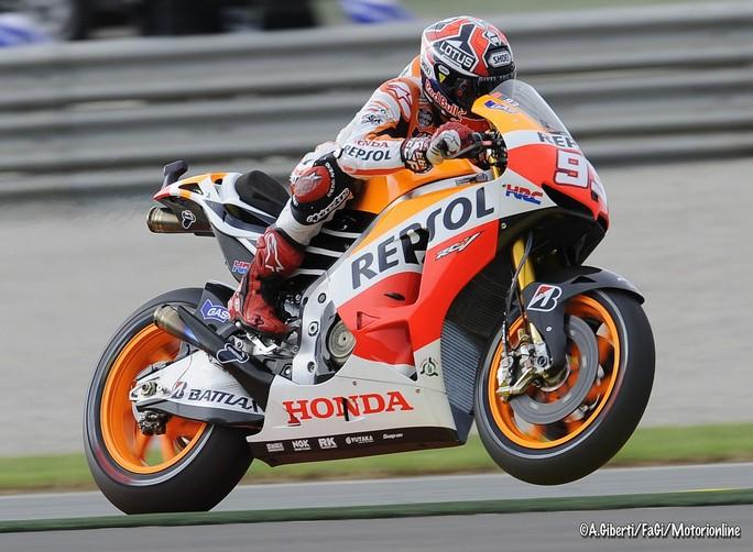 MotoGP Valencia: Marc Marquez è nella storia! E' il più giovane Campione del Mondo!
