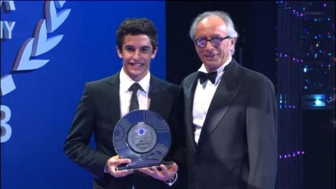 MotoGP: Marc Marquez premiato al FIM Gala 2013 come Rider of The Year