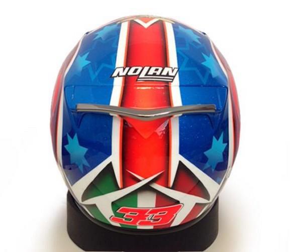 Superbike: Melandri rivela il nuovo casco