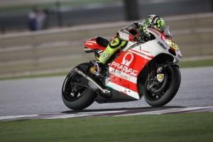 """MotoGP Qatar: Andrea Iannone """"Dispiaciuto per la caduta"""""""