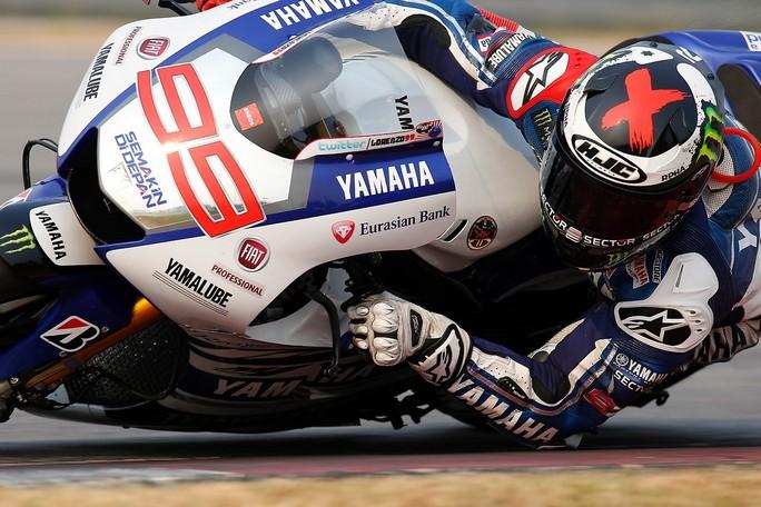 MotoGP: Test Phillip Island Day 1, Lorenzo davanti a Crutchlow e Rossi