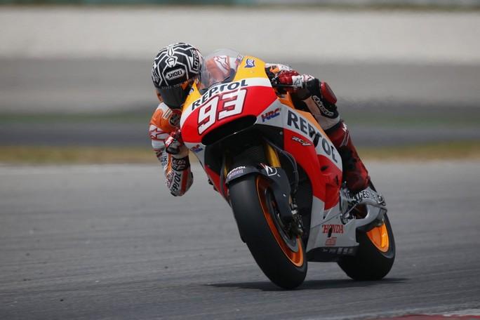 """MotoGP: Livio Suppo """"Il lungo week-end del Qatar potrebbe aiutare Marquez"""""""