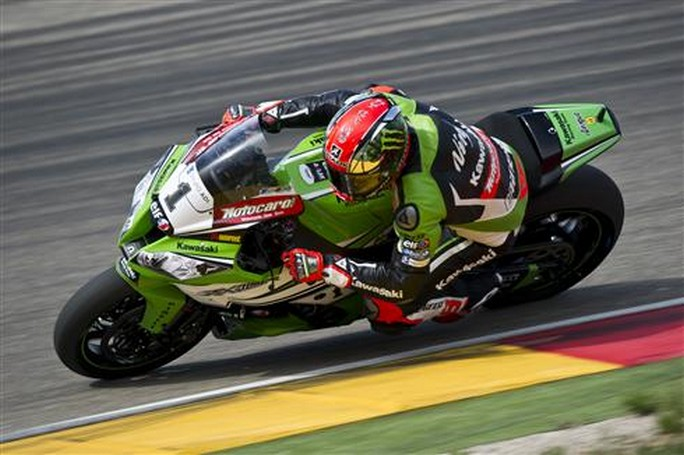 Superbike: Ad Aragon Tom Sykes vince Gara 1 in solitaria