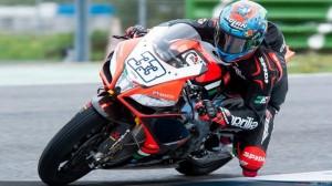 Superbike: Melandri e Davies accedono alle seconde qualifiche Superpole