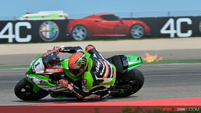 Superbike: Sykes conquista una Superpole