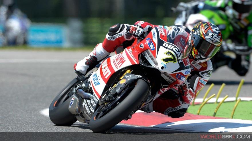 Superbike: Ancora un round sfortunato per Davide Giugliano
