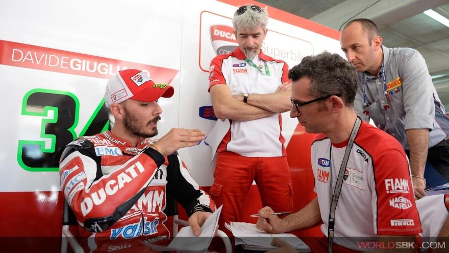 Superbike: La Ducati é pronta per la prima giornata del round di Donington