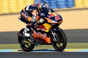 Moto3 Le Mans: Miller fa tripletta, Fenati si ritira, grande gara di Bagnaia e Bastianini