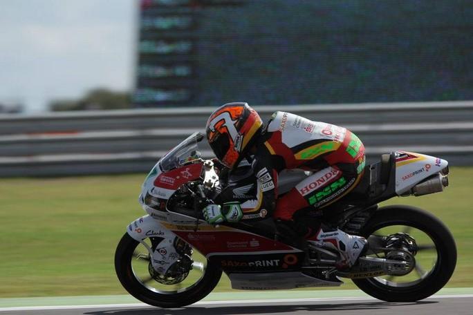 Moto3 Jerez, Prove Libere 2: Vazquez davanti a Fenati ed Oliveira