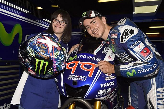 """MotoGP: Jorge Lorenzo, casco e numero """"speciali"""" per il GP di Catalunya"""