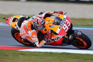 MotoGP Assen, Warm Up: Marquez, miglior tempo e caduta, Rossi è 5°
