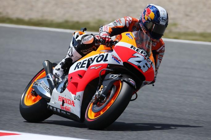 MotoGP Catalunya, Warm Up: Pedrosa è il più veloce, Rossi a terra
