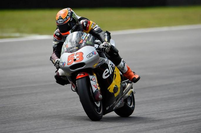 Moto2 Barcellona, Prove Libere 2: Rabat sempre al comando, Pasini 8° il migliore dei nostri