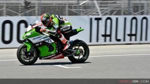 Superbike: Tom Sykes fa segnare il miglior tempo anche nel Warm Up