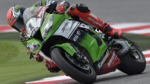 Superbike: Un grande Tom Sykes vince Gara 1 del round di Portimao