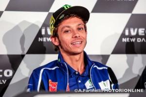 MotoGP: Valentino Rossi rinnova con Yamaha, a breve l'ufficialità