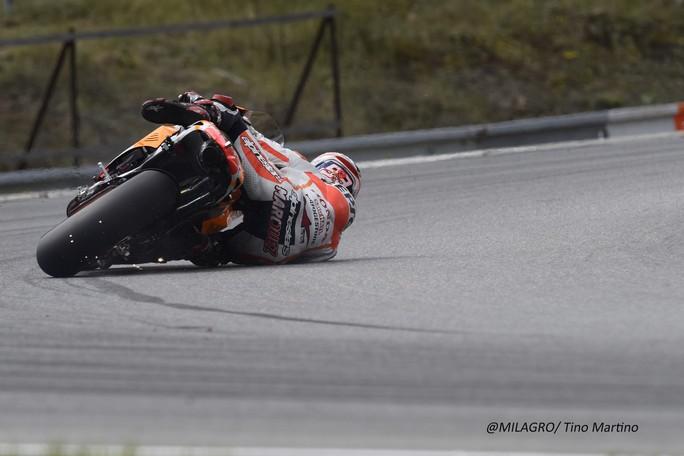 MotoGP Test Brno: Ecco la video sequenza che dimostra che Marquez non è caduto