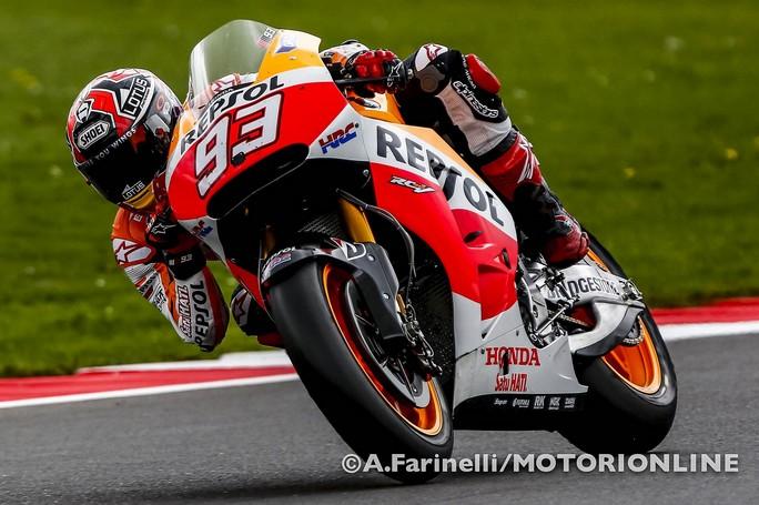 MotoGP Silverstone: Marquez is back! battuto Lorenzo, sul podio anche Valentino Rossi