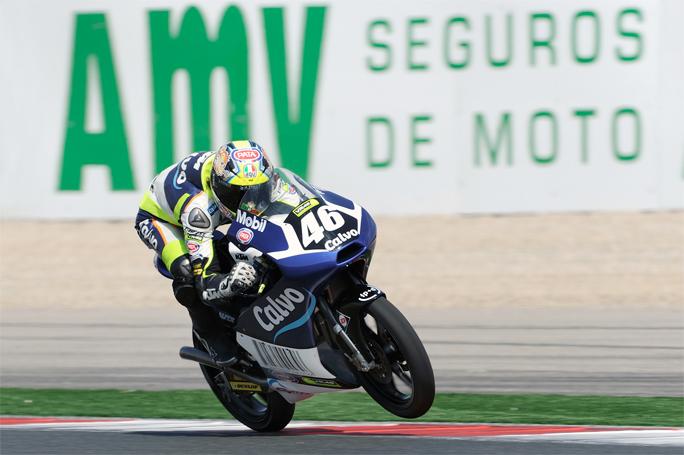 CEV Moto3 Navarra. Fabio Quartararo vince una gara difficile. Bulega ottimo terzo, primo podio in carriera.