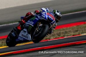 MotoGP Aragon: Lorenzo torna al successo in una gara pazza caratterizzata da tante illustri cadute