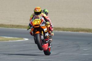 MotoGP Phillip Island, Prove Libere 1: Aleix Espargarò davanti a Lorenzo e Iannone, Rossi è 4°