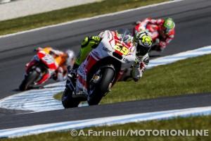 MotoGP Phillip Island, Prove Libere 4: Andrea Iannone porta la Ducati in vetta davanti a Marquez e Rossi