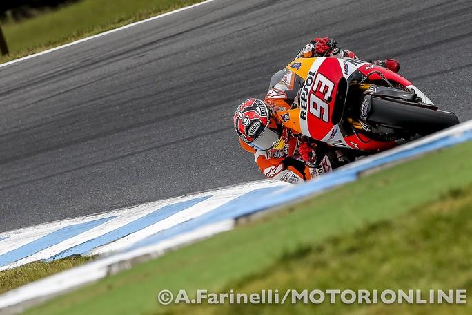 MotoGP Phillip Island, Warm Up: Marquez ancora al Top, Iannone e Rossi in quarta e quinta posizione