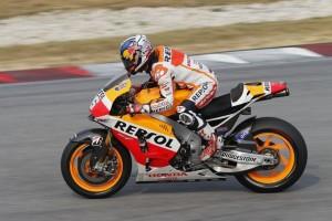 MotoGP Sepang, Prove Libere 1: Pedrosa davanti ad Aleix Espargarò, Rossi è sesto