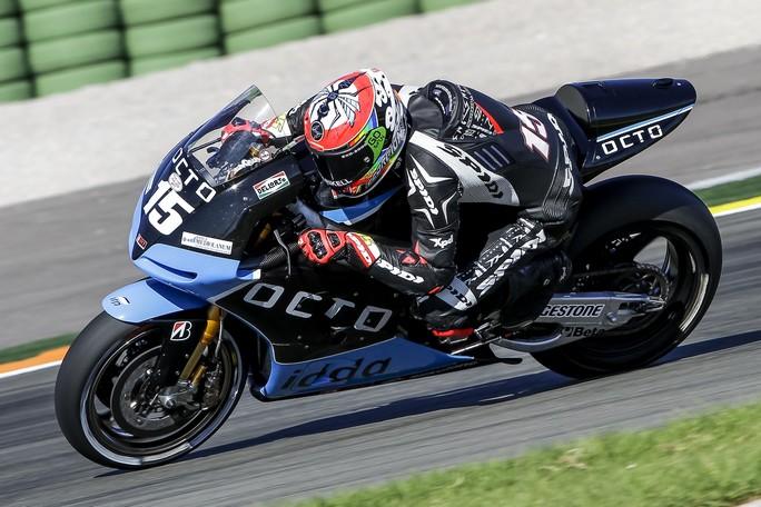 "MotoGP, Test Valencia Day 1: Alex de Angelis ""Debutto più che positivo"""