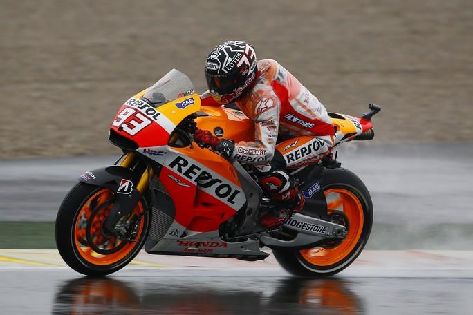 """MotoGP, Test Valencia Day 2: Marc Marquez """"Abbiamo fatto pochi giri, speriamo che domani ci sia il sole"""""""
