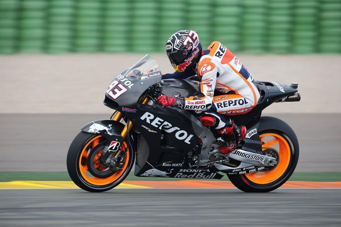 MotoGP, Test Valencia Day 3: Marquez chiude in testa, Petrucci prima Ducati