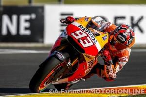 MotoGP Valencia, Prove Libere 3: Marquez, miglior tempo e caduta, bene Iannone e Dovizioso