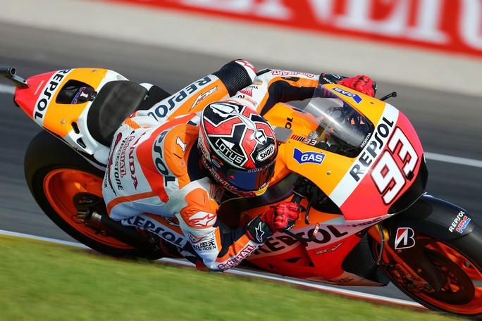 """MotoGP Valencia, Warm Up: Marquez alza la """"voce"""", quarta e quinta piazza per Iannone e Rossi"""