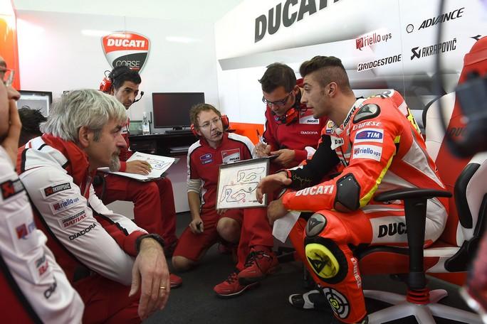"""MotoGP: Andrea Iannone, """"Sarebbe stato stupido lasciare ora la Ducati"""""""