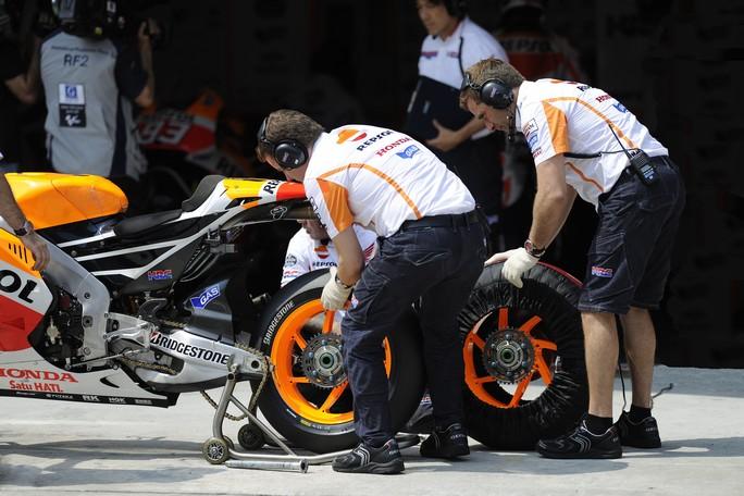 "MotoGP: Shuhei Nakamoto ""Le gomme hanno avuto un ruolo chiave nella lotta con la Yamaha"""