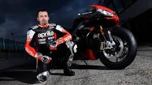 Superbike: Max Biaggi di nuovo sull'Aprilia