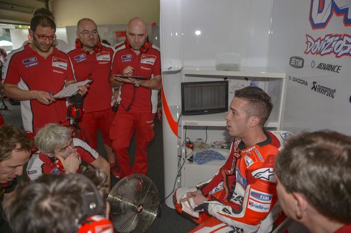 MotoGP Austin, Prove Libere 1: Dovizioso porta la Ducati ancora al Top, Rossi è 4° davanti a Petrucci