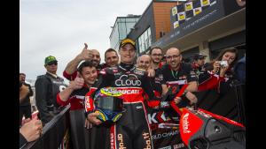 Superbike: La Ducati festeggia il primo successo della Panigale R