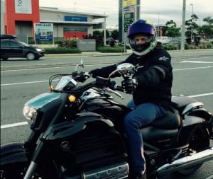 Casey Stoner in sella alla Honda, ma non è una MotoGP