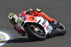 """MotoGP Le Mans: Andrea Iannone, """"Pensavo di star meglio, invece la spalla mi fa soffrire"""""""