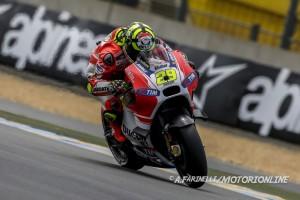 """MotoGP Le Mans: Andrea Iannone, """"Cosa mi aspetto per la gara? Le moto sono un pò come le donne, non sai mai come può andare!"""""""