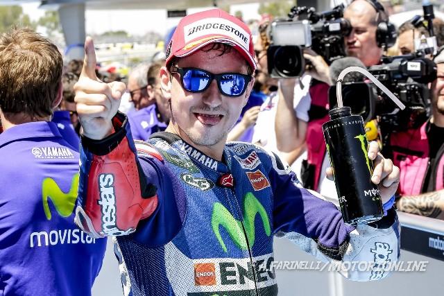 """MotoGP Jerez: Jorge Lorenzo """"Orgoglioso del lavoro fatto, volevo ripetere il tuffo nel lago ma mi sono fermato appena in tempo"""""""
