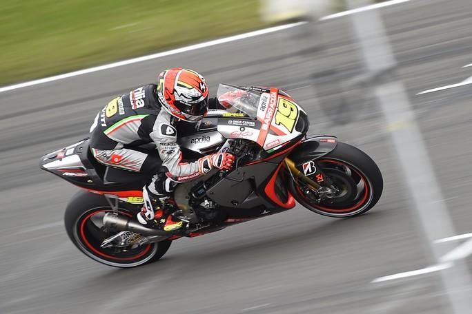 MotoGP Assen QP: Bautista 21° e Melandri 24°, continua lo sviluppo in casa Aprilia