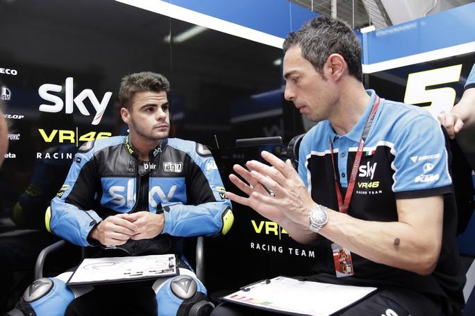 Moto3 Barcellona: Fenati alla ricerca del setting (14°), Migno poco dietro (17°)
