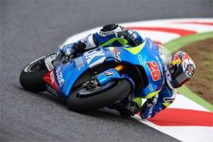 MotoGP Barcellona, Prove Libere 3: Il rookie Maverick Vinales in testa, Rossi settimo, Pedrosa e Iannone fuori dalla Top ten