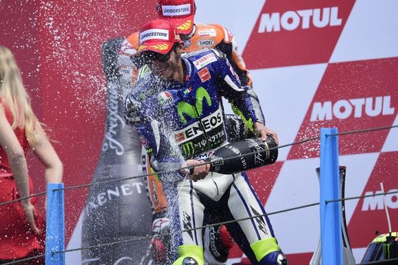 """MotoGP Assen: Valentino Rossi, """"Bellissima vittoria, con Marquez è sempre molto dura"""""""