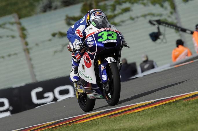 Moto3 Sachsenring: caduta per Bastianini ma è comunque 7°, Locatelli 9°